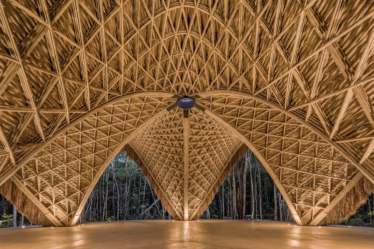 معماری پایدار در معبد لوم